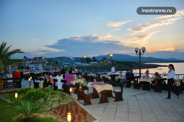 Ресторан в Болгарии с видом на море