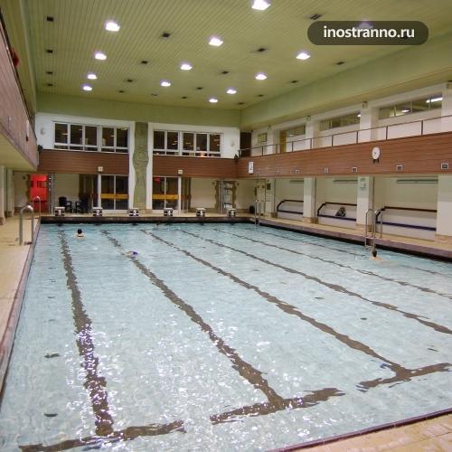 Отель в Праге с бассейном Hotel AXA