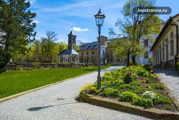 Замок у Дрездена Кёнигштайн