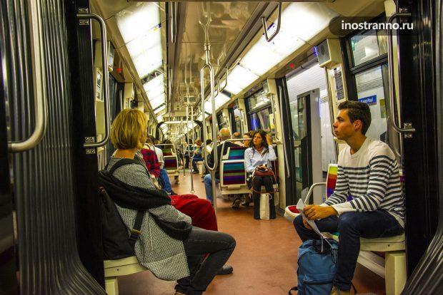 Линия метро 1 Парижа