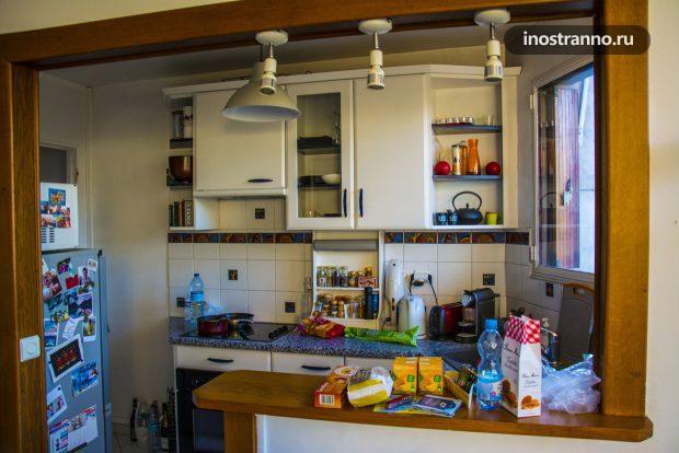 Кухня в квартире Парижа