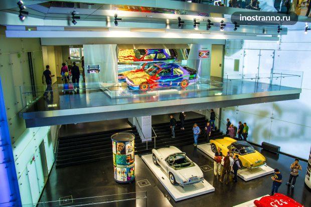 Автомобильный Музей БМВ в Мюнхене