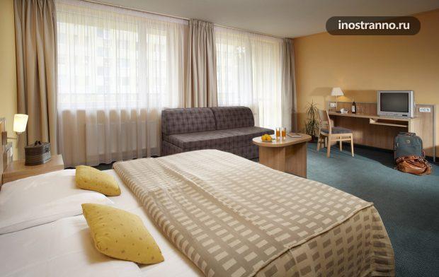 Отель Hotel Fortuna West в Праге