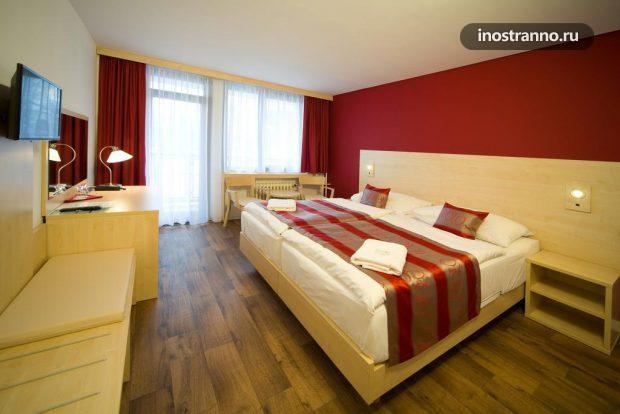 Отель Hotel Krystal в Праге
