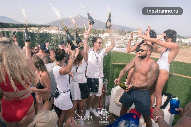 Sisu Boutique Club in Marbella, Puerto Banus
