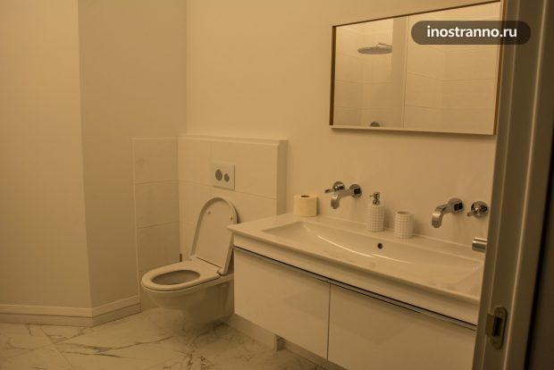 Ванна и туалет Villeroy Boch