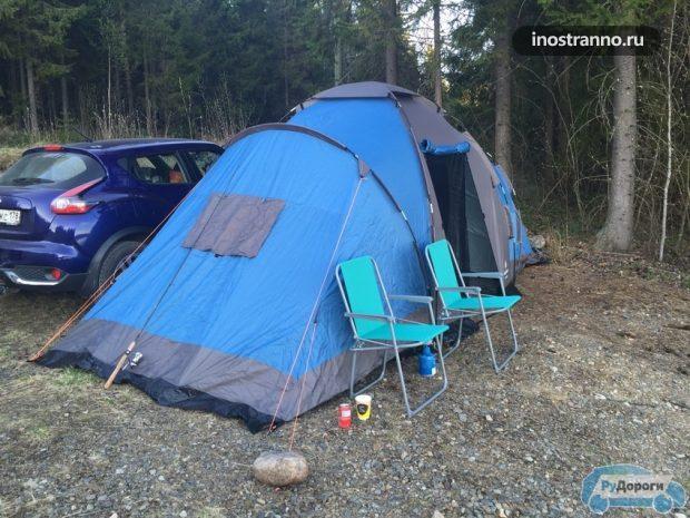Ночевка в палатке во время автопутешествия