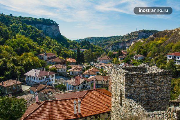 Панорама болгарского города Мелник