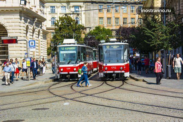 Транспорт и трамваи Брно