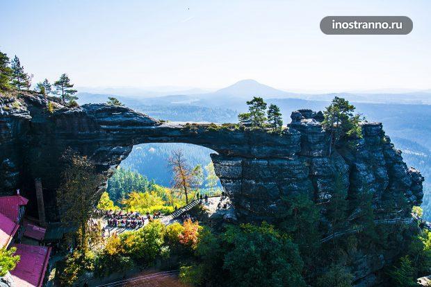 Правчицкие ворота крупнейшая скальная арка