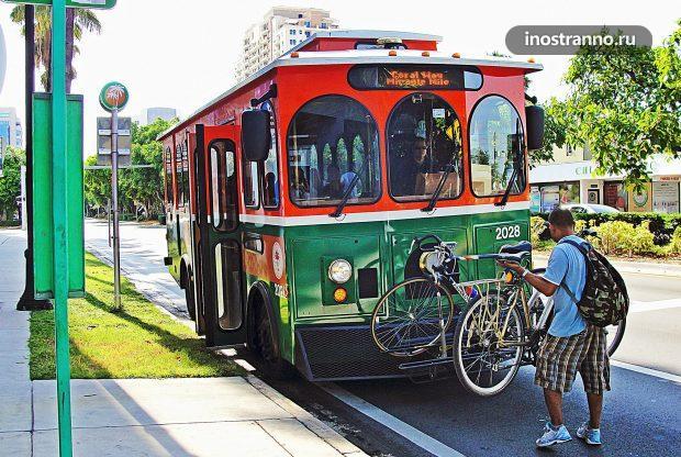 Троллейбус в Майами