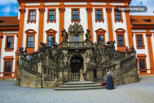 Замок Троя в Чехии