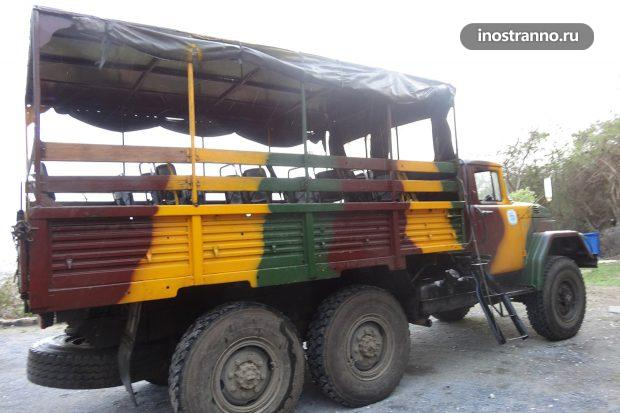 Автобус-грузовик на Кубе