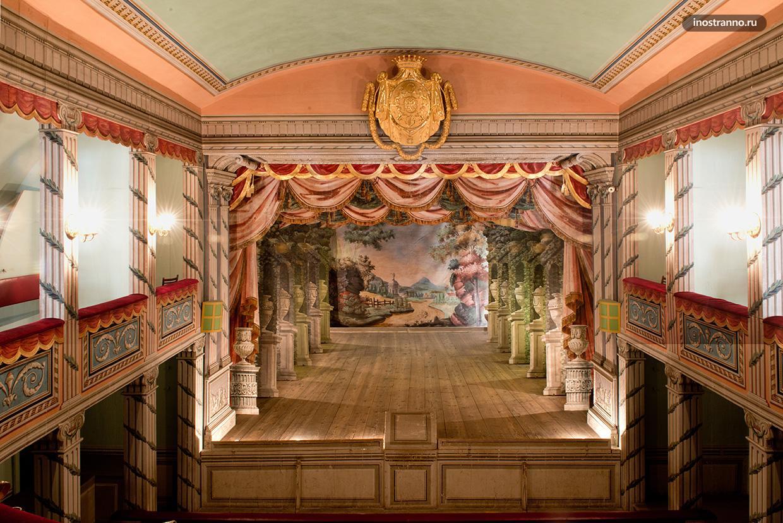 Замок Литомишль и театр