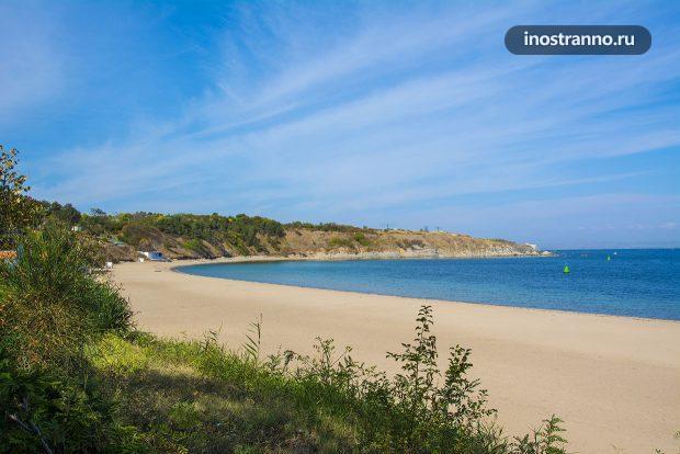 Пляж на курорте Черноморец