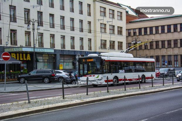 Общественный транспорт троллейбус в Пардубице