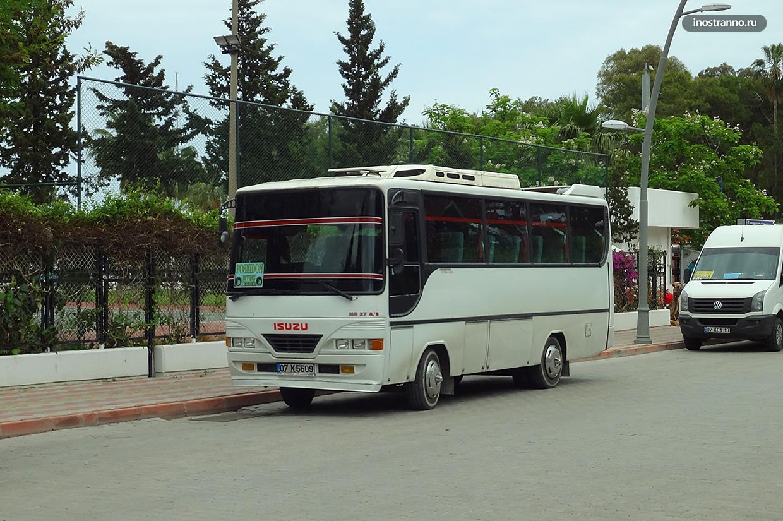 Автобус в Даламане