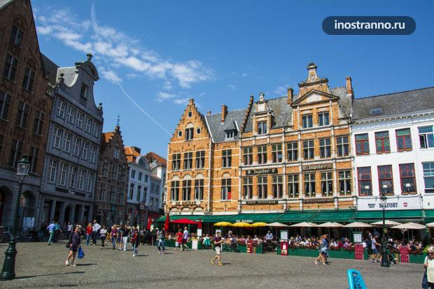 Рестораны на Рыночной площади в Брюгге