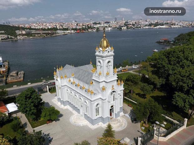 Болгарская церковь Святого Стефана в Стамбуле