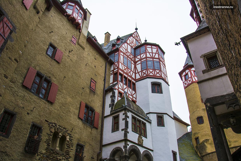 Внутренний двор замка Эльц