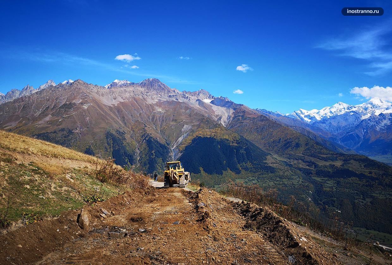 Дороги в Кавказских горах