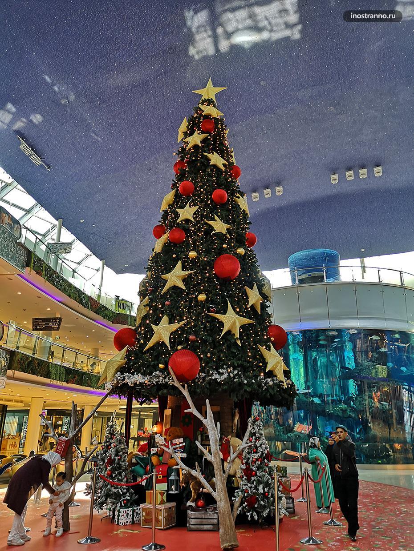 Новый год в торговом центре Morocco Mall в Касабланке