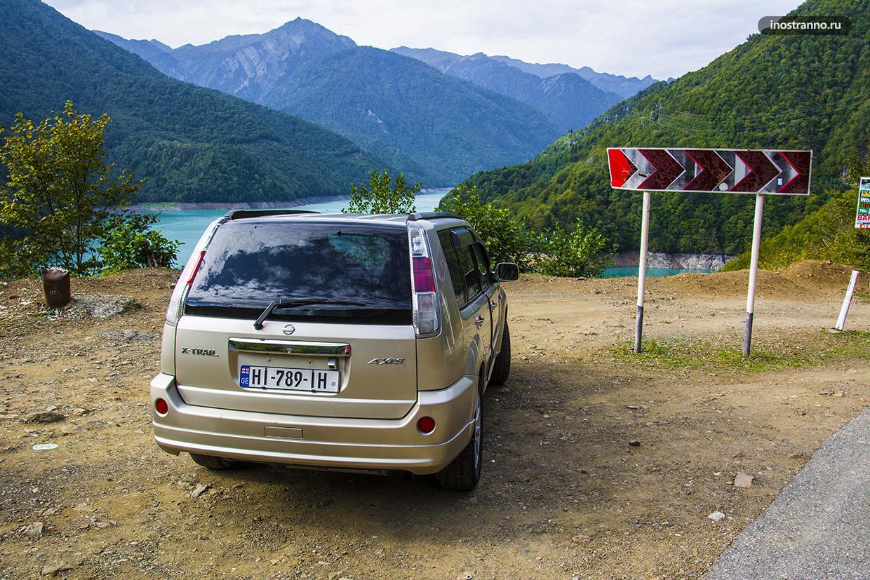 Какой автомобиль лучше арендовать в Грузии