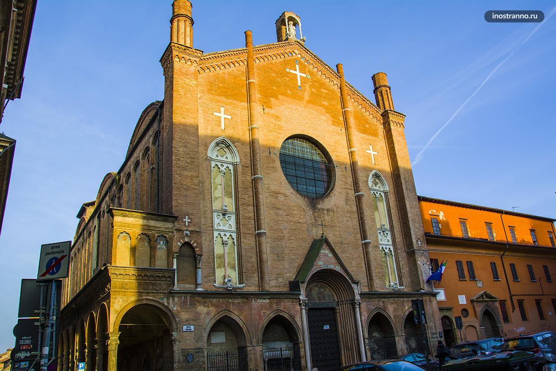 Церковь Сан Джакомо Маджоре в Болонье