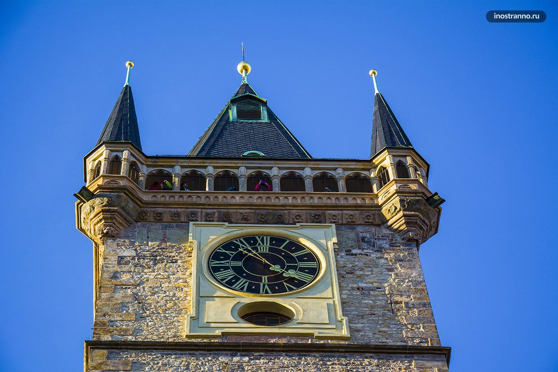 Часы в Праге на Староместской ратуше