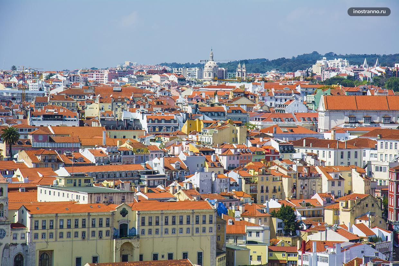 Красные крыши в Лиссабоне