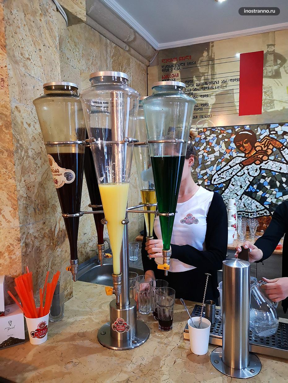 Кафе Воды Лагидзе в Тбилиси обязательное для посещения