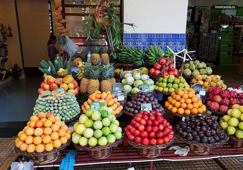 Фрукты на острове Мадейра