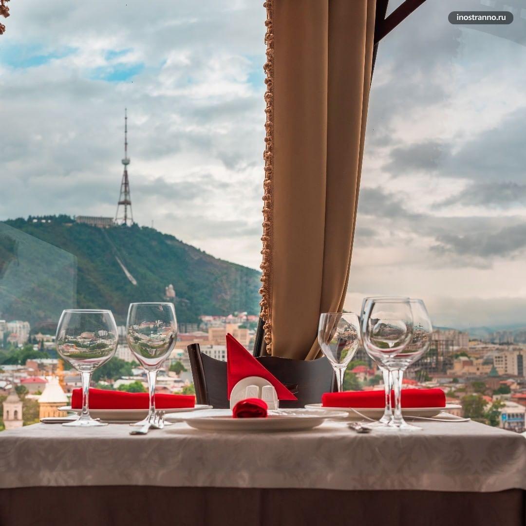 Ресторан Kopala в Тбилиси с красивым видом и террасой