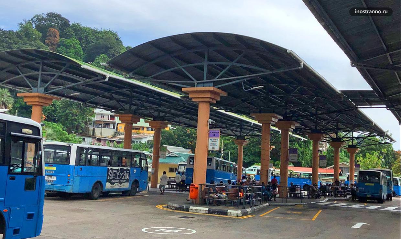 Автовокзал в Маэ