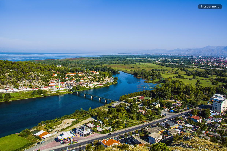 Река Дрин в Албании
