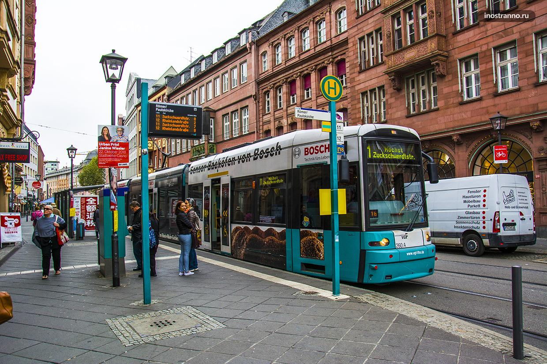 Трамвай во Франкфурте