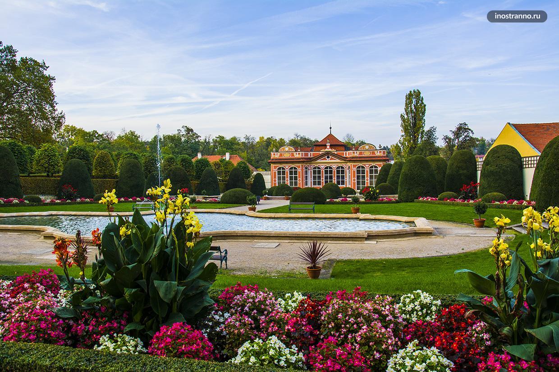 Сад Чернинского дворца
