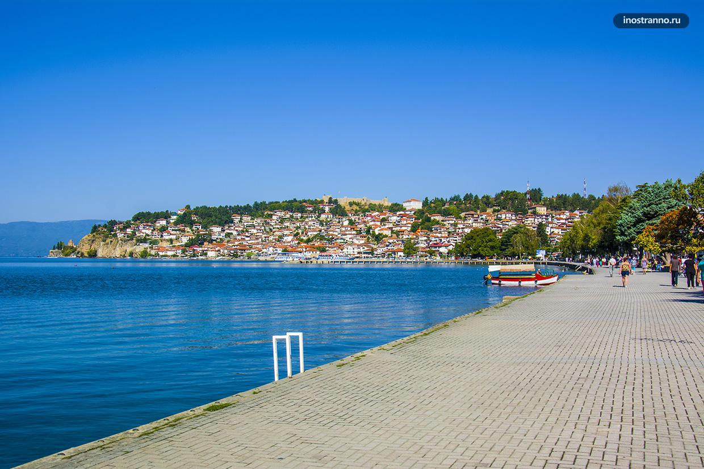 Променад на Охридском озере