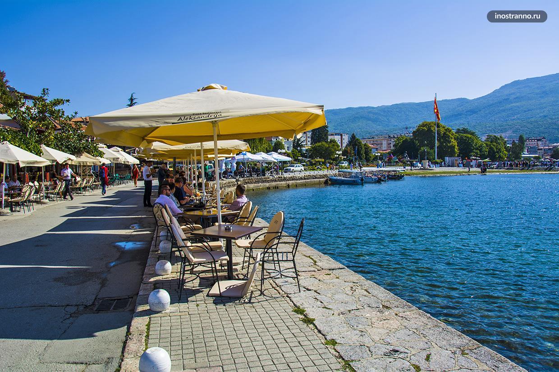 Ресторан на Охридском озере