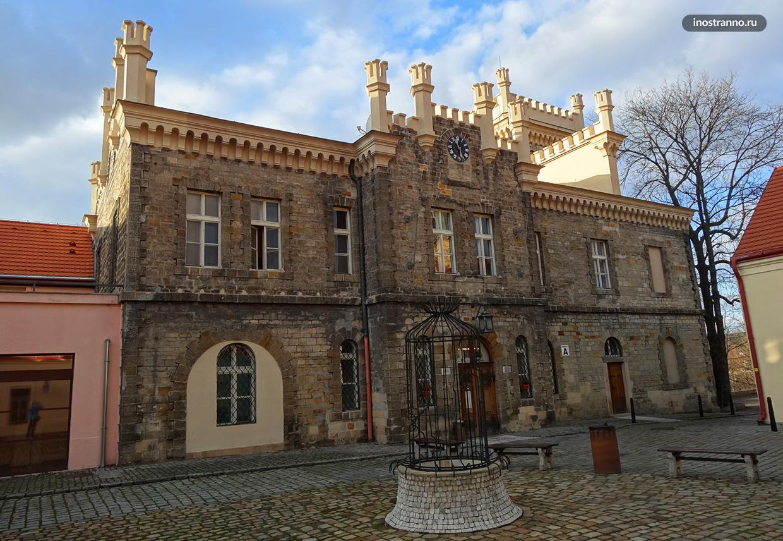 Замок в Хлоубетине в Праге