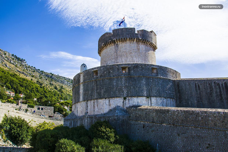 Башня Минчета достопримечательность Дубровника