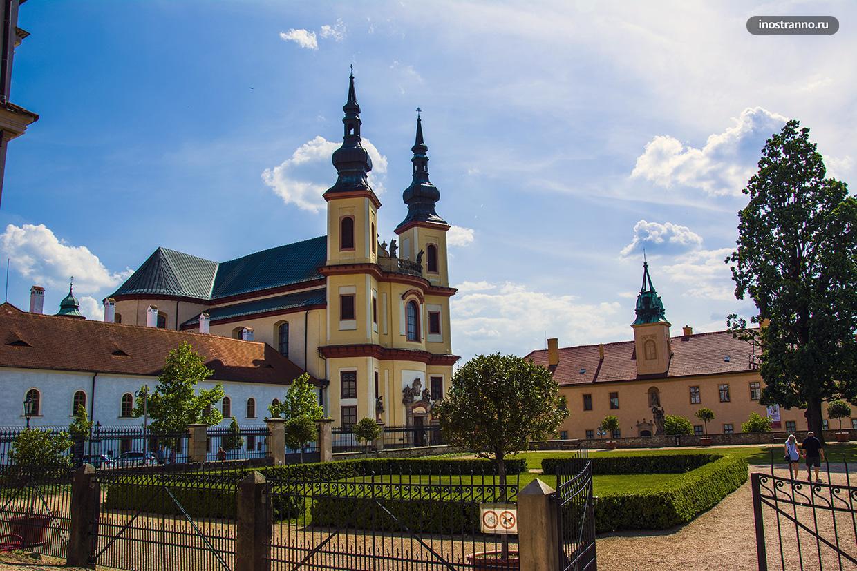 Монастырь в Литомишле