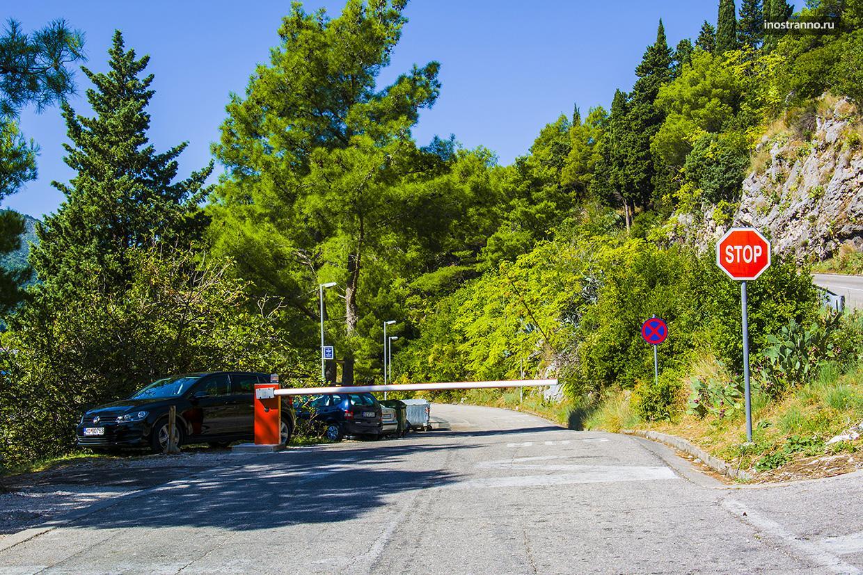 Дорога в Пераст в Черногории