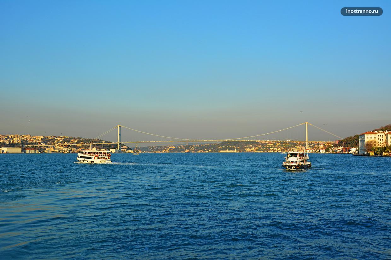 Мост мучеников 15 июля первый стамбульский мост через Босфор