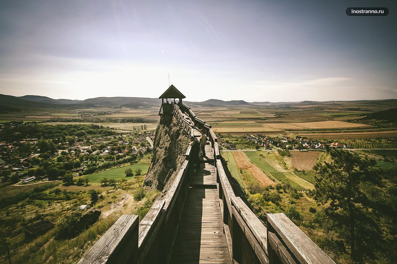 Замок Болдогкё в Венгрии