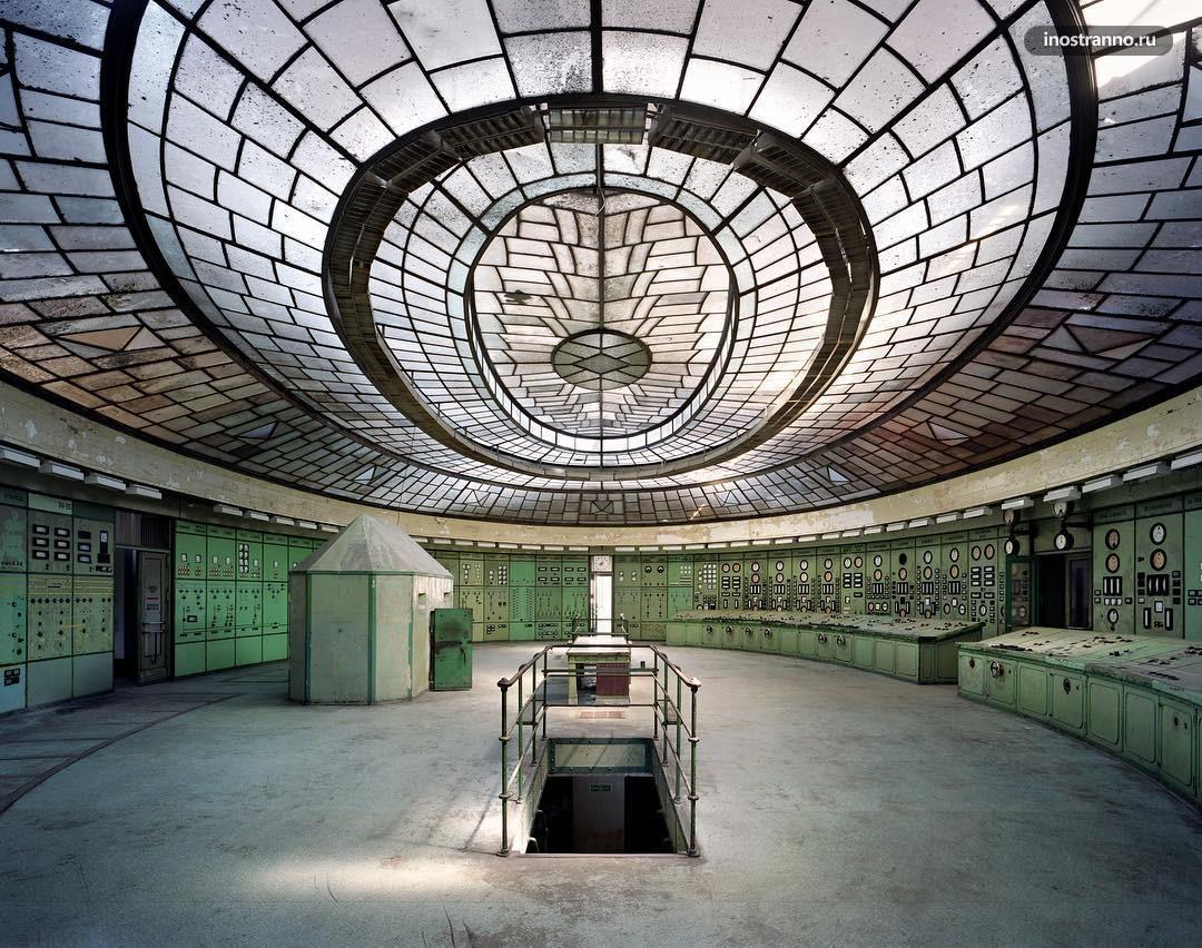 Заброшенная электростанция Келенфёльд в Будапеште необычное место