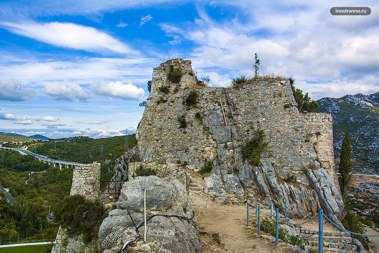 Хорватская достопримечательность крепость Клис