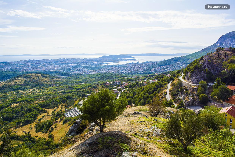 Панорама Сплита с крепости Клис