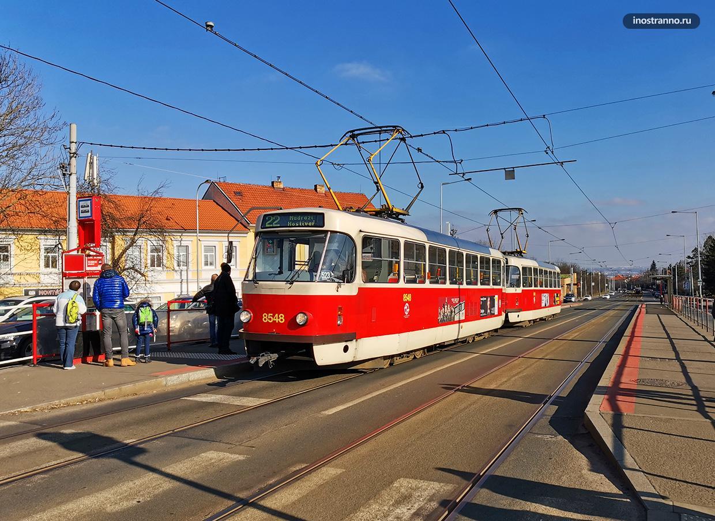 Tatra T3 самый популярный трамвай в Праге