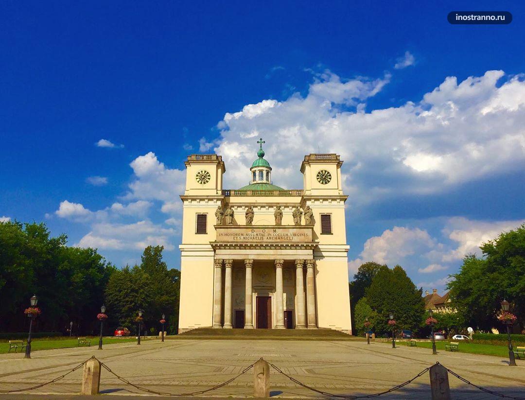 Вац город куда съездить из Будапешта на один или два дня